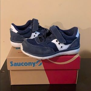 Toddler size 6 1/2 Saucony sneakers